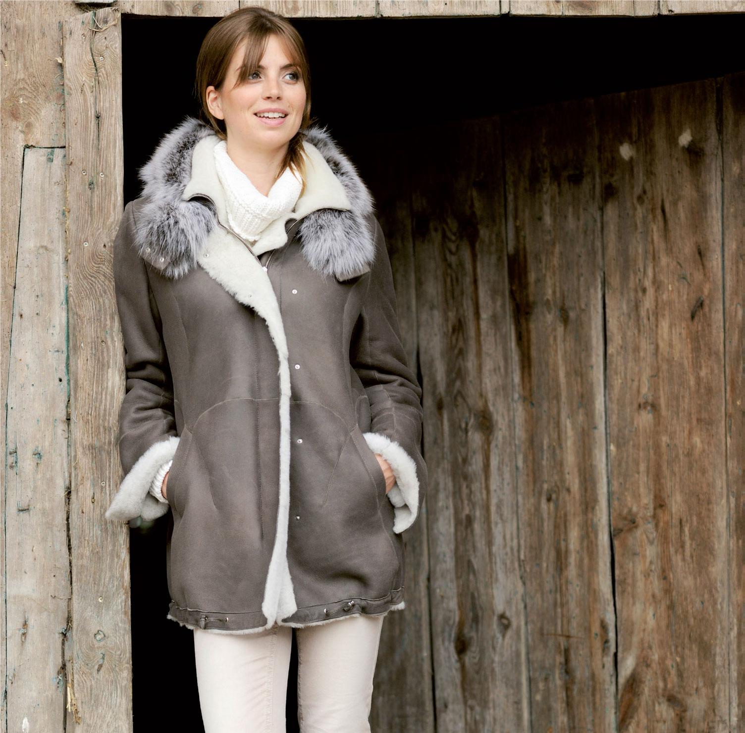 Lammveloursmodelle und Reversible Modelle, welche eine Leder-Aussenseite haben, werden zusätzlich noch imprägniert.